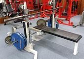 様々なトレーニング器具